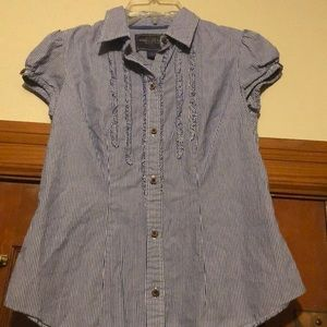 American eagle fitted blue button down